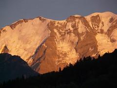 Coucher de soleil (La Pom ) Tags: alpes savoie montblanc massif lapomme lapom