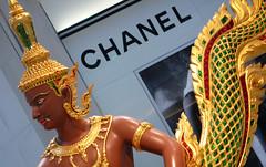 Deva, not Diva (xopherlance) Tags: travel geotagged thailand bangkok chanel mythology deva bangkokairport asura vasuki suvarnabhumi suvarnabhumiairport churningoftheoceanofmilk samudramanthan churningoftheseas geo:lat=13689552 geo:lon=100747718
