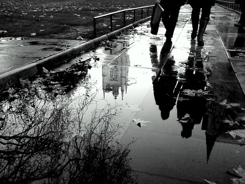 15 Amazing Examples of Black & White Cameraphone Photography