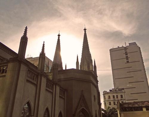 Torres da catedral presbiteriana do Rio