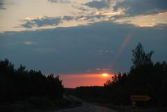 Juni Abend (...der_holger) Tags: juni abend sonnenuntergang himmel wolken sachsen sonne ausfahrt b95 bundesstrase