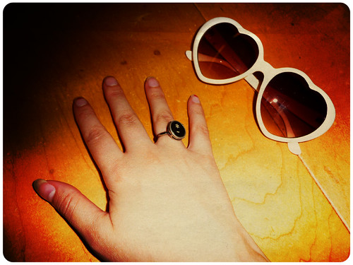 asterisk ring and heart glasses