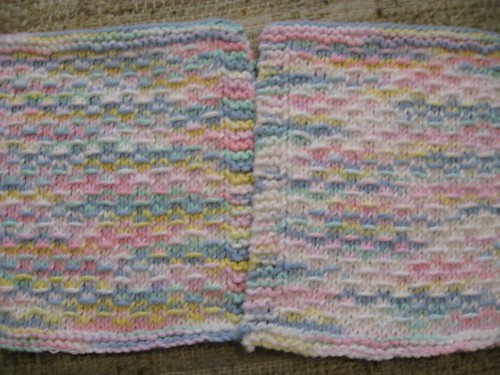 Notice the two shades - from the SAME skein