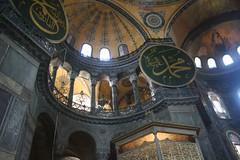 Hagia Sophia, Istanbul (^ Johnny) Tags: blue turkey photography istanbul mosque sophia trabzon hagia travelphotography 旅遊攝影 fotografíadeviajes 旅游摄影 यात्राफोटोग्राफी التصويرالفوتوغرافيالسفر ভ্রমণফোটোগ্রাফি
