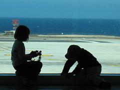 David, Aaliyah - Departure Porto del Rosario (blackvampire) Tags: vacation holiday beach airport fuerteventura costacalma portodelrosario sotaventobeach sotaventobeachclub