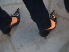 16-07-08 016 (Marco Feetlover) Tags: feet foot high mulher nail pies heels ps salto pied p pes fetiche podo toenailalto