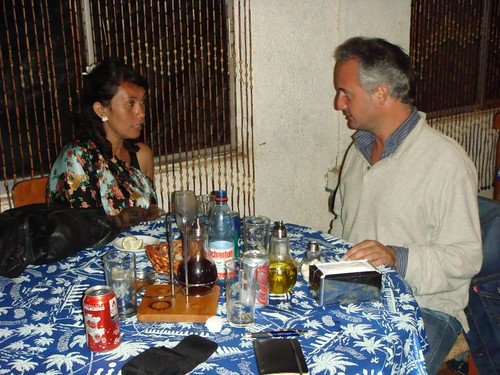 Alejandra (CL) & Christophe (FR) at our dinner in Hanga Roa.