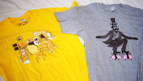 黃色的 「21世紀海盜」與灰色的「小豬滑板」 (by Roca Chang)