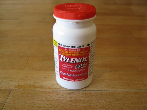 bottle  of extra strength tylenol