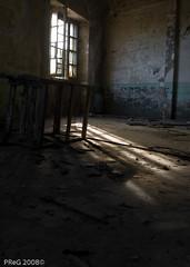Escombros de recuerdo (Pazos Poulet) Tags: españa luz reflex spain coruña flickr olympus agosto galicia ruinas dslr 2008 escombros ferrol e510 preg zd 1442mm sensues