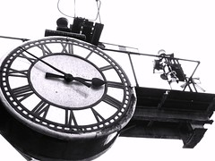 Time stopped. (matt4light) Tags: signals grosmont stationclock