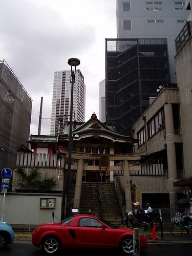 你拍攝的 梅田小神社。
