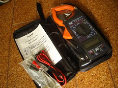DT266FT Digital Clamp Meter