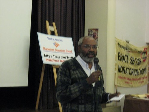 Abayomi Azikiwe, editor of the Pan-African News Wire, covering the Statewide Organizers' Conference sponsored by the Moratorium Now! Coalition in downtown Detroit on December 6, 2008. (Photo: Alan Pollock). by Pan-African News Wire File Photos