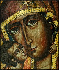 Icon Detail...Intimacy (our cultural archive) Tags: portrait germany painting greek icon medieval byzantine cate trier madonnaandchild sacredart earlychristianart copenhaver oarsquare bishopsmuseum bischöflichesmuseum artcollectionofthedioceseoftrier