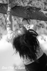 Myriam (Sous l'Oeil de Sylvie) Tags: portrait blackandwhite outside women noiretblanc pentax femme stgeorges session beauce dehors modèle k7 pentax50mm14 parcveilleux sousloeildesylvie sessionpublique