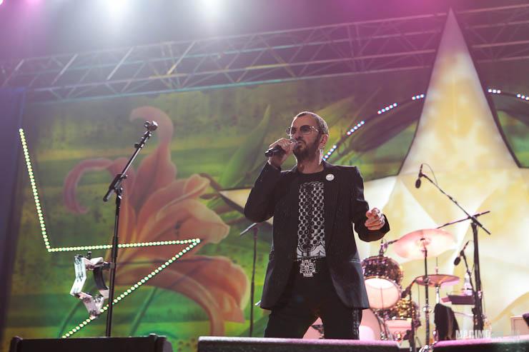 Ringo Starr Concert in Riga 2011-4.jpg