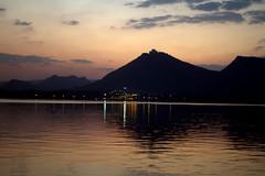 Golden Sunset (Tarun Chopra) Tags: travel india canon photography 7d gurgaon rajasthan udaipur bharat hindustan hindusthan canon7d indiatravelphotography rajasthaninwinters gurugram