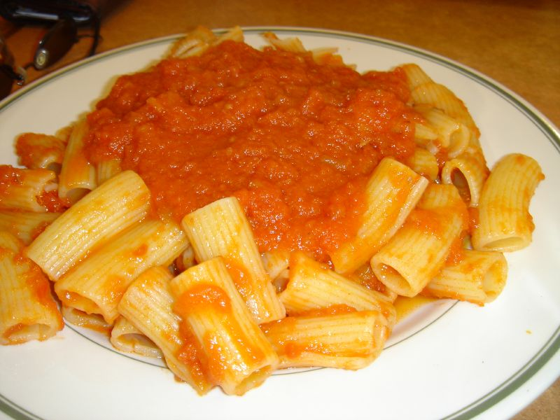 Rigatoni with Marinara Sauce