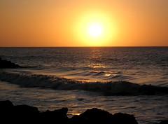 infinito (mariedoucet) Tags: sunset sea orange sun sol mar colombia naranja soe ola caribe cubism flickrsbest mywinners shieldofexcellence superbmasterpiece picturefantastic theperfectphotographer dragongoldaward