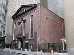 John Street Methodist Church (epicharmus) Tags: ny newyork nyc newyorkcity mahattan lowermanhattan financialdistrict johnstreet broadwaynassaudistrict johnstreetmethodistchurch methodism methodist unitedmethodistchurch philipembury church georgian brick pediment building architecture nationalregisterofhistoricplaces nrhp landmark newyorkcitylandmarkspreservationcommission nyclpc