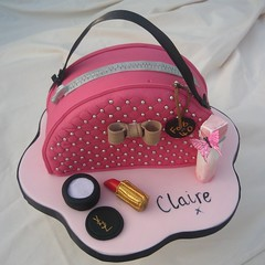 cosmetic bag cake (karenlindsay24) Tags: beautiful cake bag sweet treats cosmetics secrets