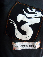 be-yourself-grey-org-cu
