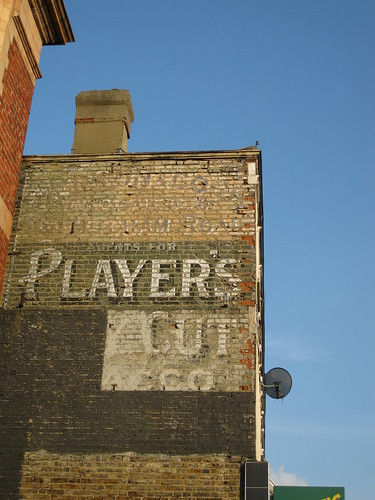 Player's wall Mitcham Road, Tooting Broadway by ramson.
