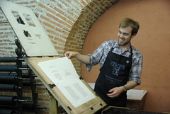 Printing on a Gutenberg Replica (bjornmeansbear) Tags: madrid travels e