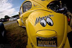 (Andreas Reinhold) Tags: moon yellow vw bug volkswagen drag eyes beetle racing dragracing kfer ebi aircooled type1 dfl moonster mooneyes andreasreinhold europeanbugin ebi2