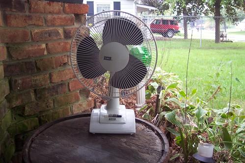 93 7 The Fan. smc fan 1