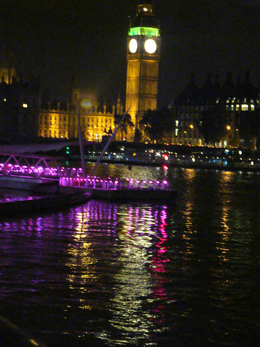 Lights & reflections in London-23