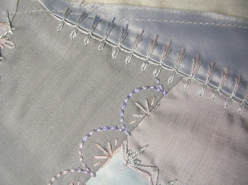 Block 13 - Mirrored buttonhole stitch