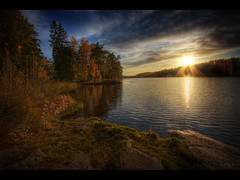 An autumn day (Kaj Bjurman) Tags: autumn sunset lake tree water eos sweden huddinge 2008 hdr kaj photomatix 40d bjurman