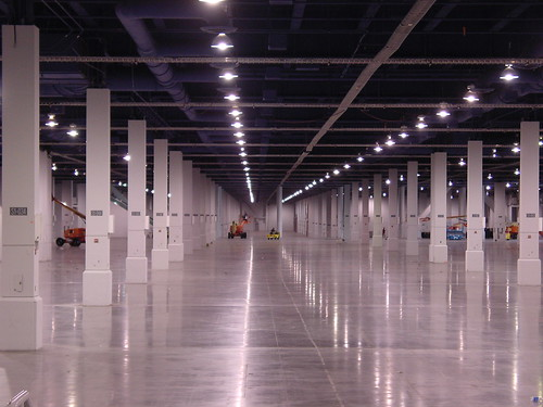 Empty trade show floor, Las Vegas Expo Center beneath Blogworld Expo, bwe08.