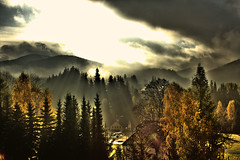 Morning of the border village (arminMarten) Tags: sunrise dorf village searchthebest sonnenaufgang morgen hdr borderland grenze bordervillage grenzgebiet harrachov    cyechrepublic      tscheschicherepublik
