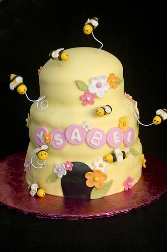Sweet Bee Cake