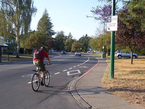 Bicyclist on Henderson Road. Photo credit: John Luton