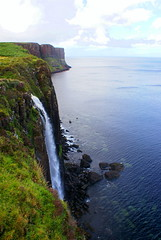 At the End of the World (little_frank) Tags: skye scotland uk europe cliff nature wild wilderness atlantic ocean sea breathless breathtaking primordial impressive peaceful stunning natural unspoiled pure view panorama landscape water scape waterscape waterfall fabulous irreal special fantasy fantastic silent place immensity vastness horizon dream dramatic north northern nordic abigfave damniwishidtakenthat naturesfinest soe supershot newacademy worldwidelandscapes aplusphoto platinumphoto theunforgettablepictures anawesomeshot fbdg overtheexcellence cubism impressedbeauty scenery mywinners wonder marvel falls cascade scogliera unitedkingdom britain british scottish scozia scozzese rock erosion formation geologic geology