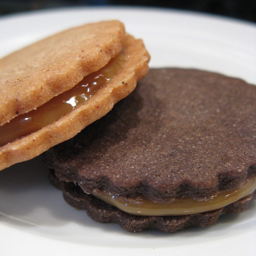 Good Appetite: 8 Weeks of Cookies - Dulce de Leche Sandwich Cookies