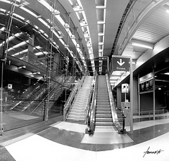 Down In O'hare (Tomasito.!) Tags: chicago stairs airport nikon escalator wideangle ohare tomasito nikond90 extremelywideangle