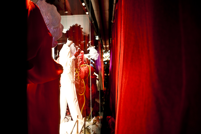 Holiday Red, Holt Renfrew Holiday Window Reveal @ Bloor St. W., Toronto