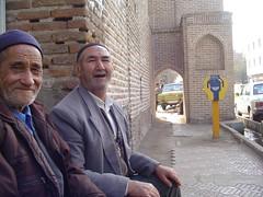 خنده پیر (bijanafsharirani) Tags: خیابان مولوی qazvinmolavi stقزوین