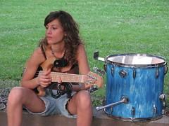 bassist girl
