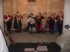 "Troubadours • <a style=""font-size:0.8em;"" href=""http://www.flickr.com/photos/48277923@N00/2625591617/"" target=""_blank"">View on Flickr</a>"