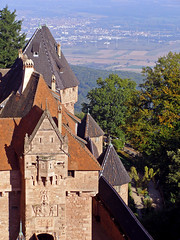photo - Haut Koenigsbourg (Jassy-50) Tags: france castle photo rooftops lookdown alsace chateau schloss vosges hautknigsbourg orschwiller sogermanybasel2007