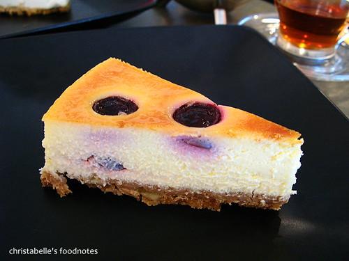 學校咖啡館藍莓起司蛋糕