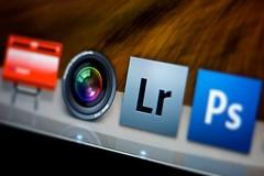 Lightroom vs. Aperture (Ties van Veelen) Tags: apple public photoshop dock aperture icons leopard adobe lightroom smalldof pttpost osxdock aperturevslightroom
