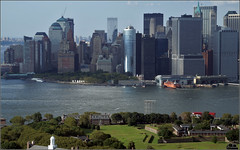 Donwtown Manhattan and Governors Island (Ubierno) Tags: new york usa skyline skyscraper river island manhattan aerial east helicopter views highrise nueva area helicptero governors rascacielo donwtown aplusphoto ubierno