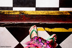 These feet are made for walking (flavita.valsani) Tags: pink red white black green feet me yellow riodejaneiro dress floor squares stripes yo eu moi io explore havaianas ich santateresa 337 santatereza valsani